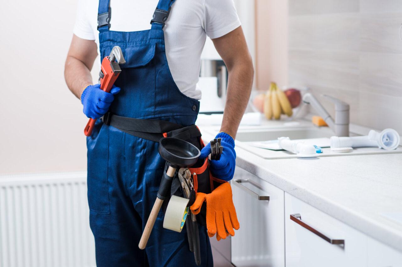 https://www.prattplumbers.com.au/wp-content/uploads/2021/03/Affordable-Plumbing-Service-in-perth-1280x852.jpg