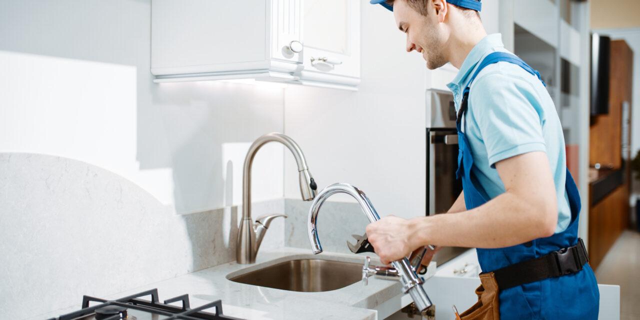 https://www.prattplumbers.com.au/wp-content/uploads/2021/04/Best-Plumbing-Service-in-Perth-1280x640.jpg